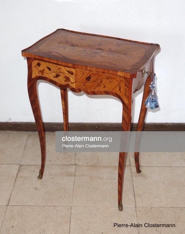 Table en marqueterie d'époque Louis XV, vers 1750