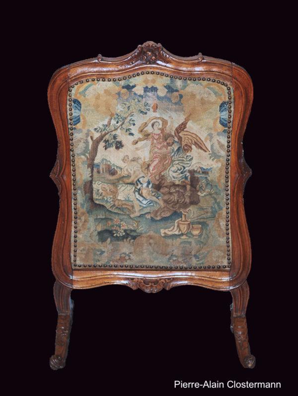 Ecran de foyer à tapisserie mythologique, vers 1720